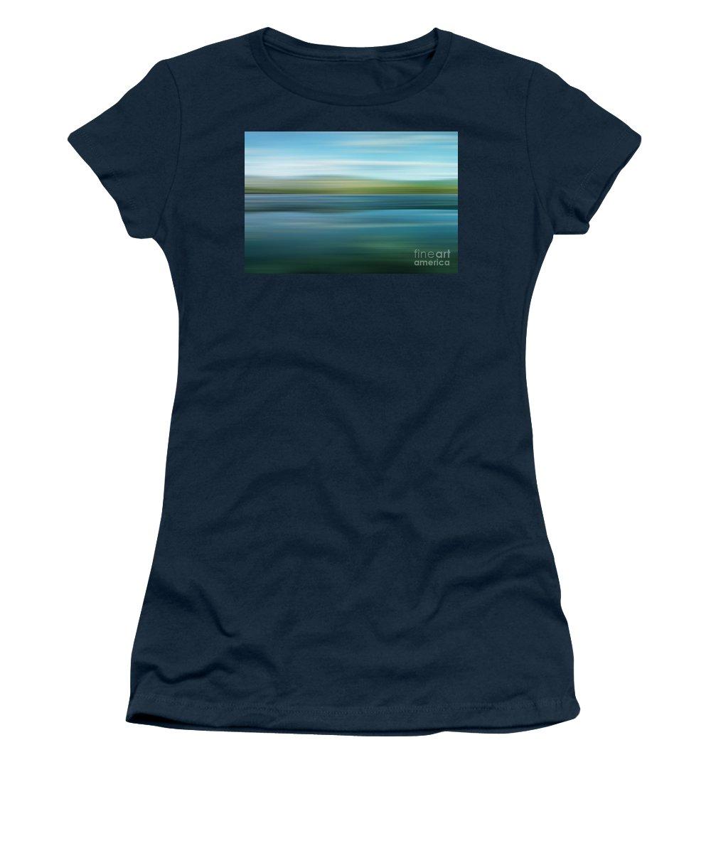 Yukon Territory Photographs Women's T-Shirts