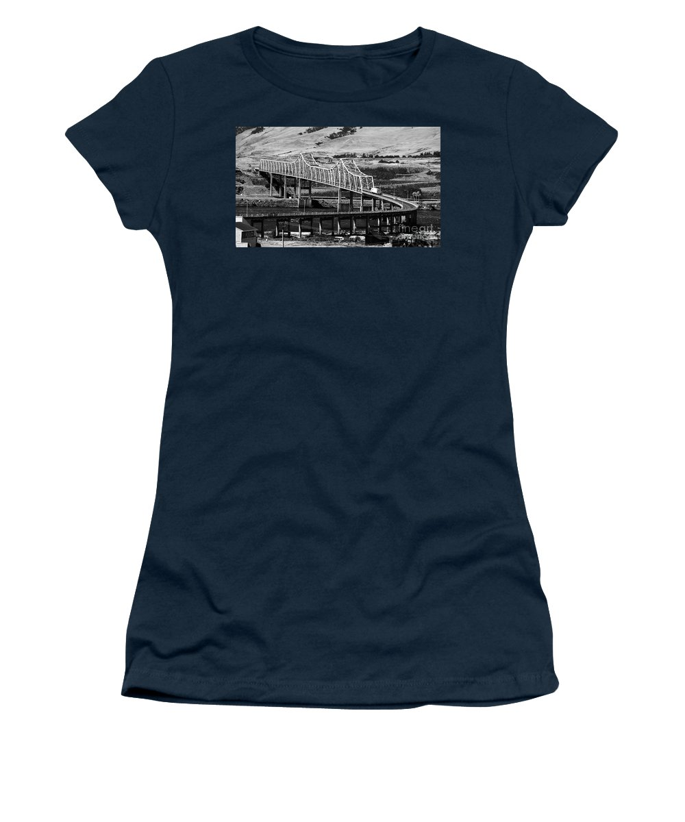 Columbia River Women's T-Shirt (Athletic Fit) featuring the photograph Columbia River Crossing by David Lee Thompson