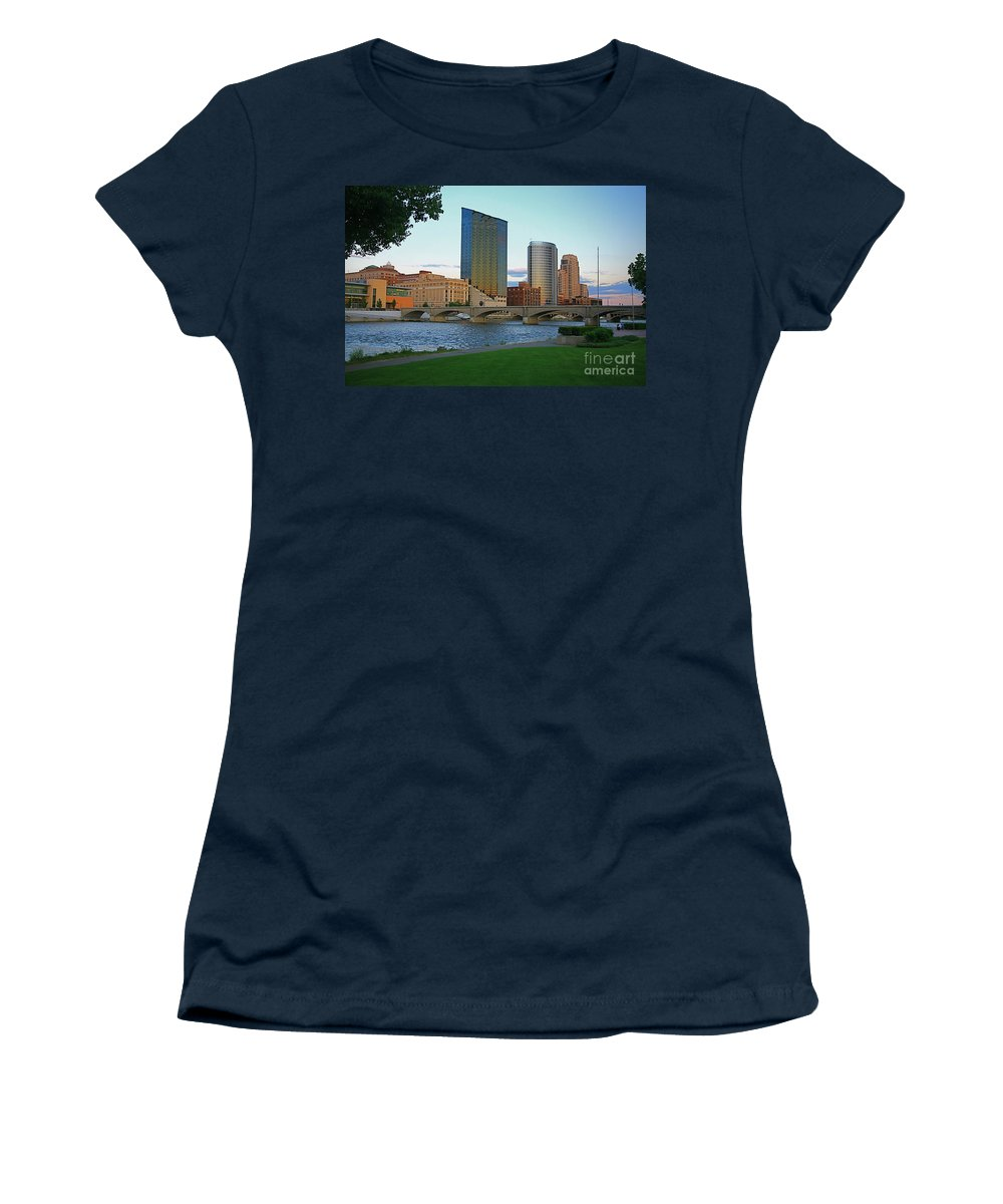 Sky Line Women's T-Shirt (Athletic Fit) featuring the photograph Grand Rapids Mi-3 by Robert Pearson
