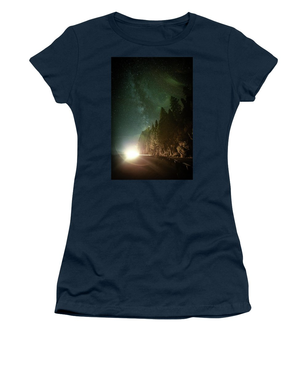 Landscape Women's T-Shirt featuring the photograph Incoming by Mario Mariscal