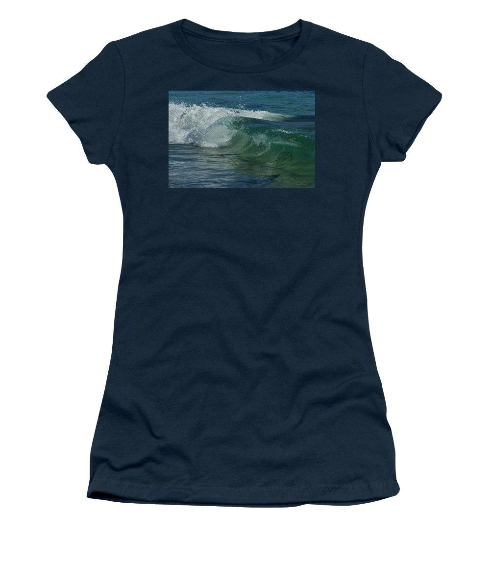 Beaches Women's T-Shirt featuring the photograph Ocean Wave 5 by Ernie Echols