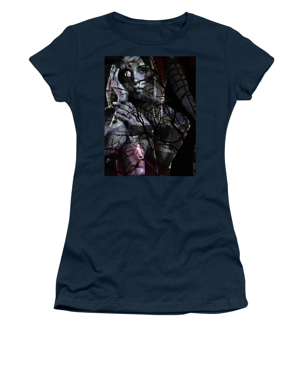 Woman Women's T-Shirt featuring the digital art Luna by Gunilla Munro Gyllenspetz