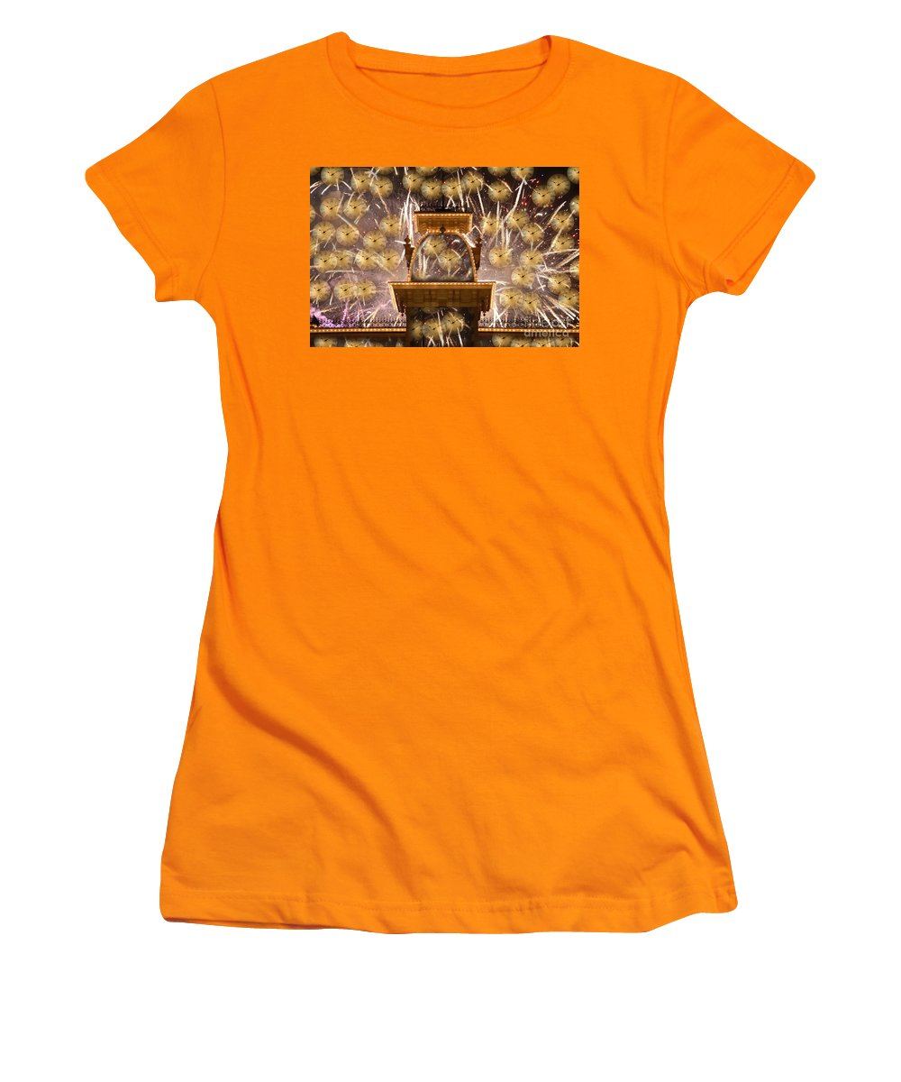 Art.clocks Women's T-Shirt (Athletic Fit) featuring the photograph Einstein's Dream by David Lee Thompson
