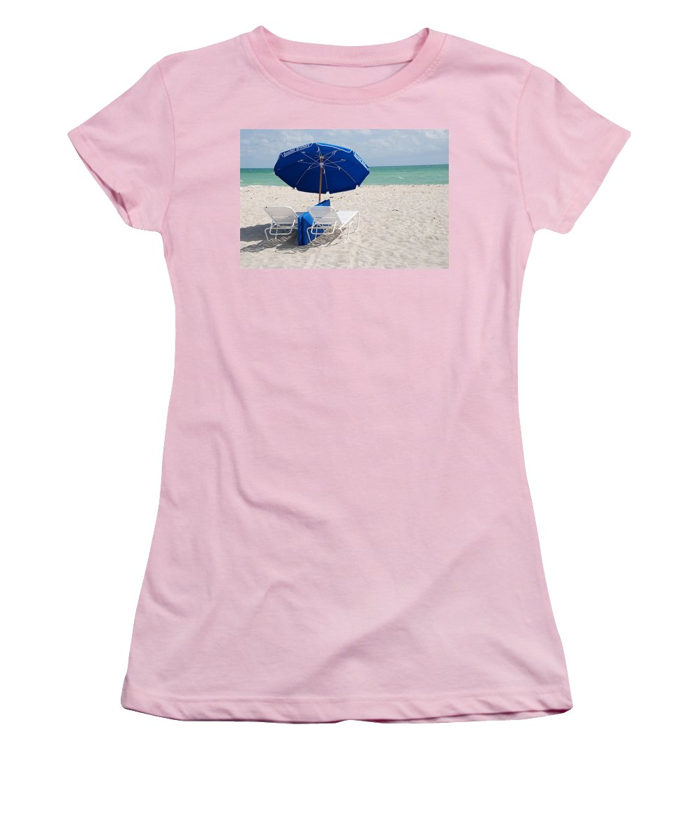Sea Scape Women's T-Shirt (Athletic Fit) featuring the photograph Blue Paradise Umbrella by Rob Hans
