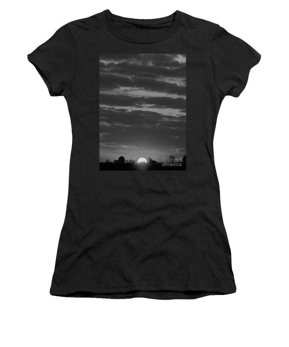 Get To Work Women's T-Shirt (Athletic Fit) featuring the photograph Get To Work by Ron Tackett