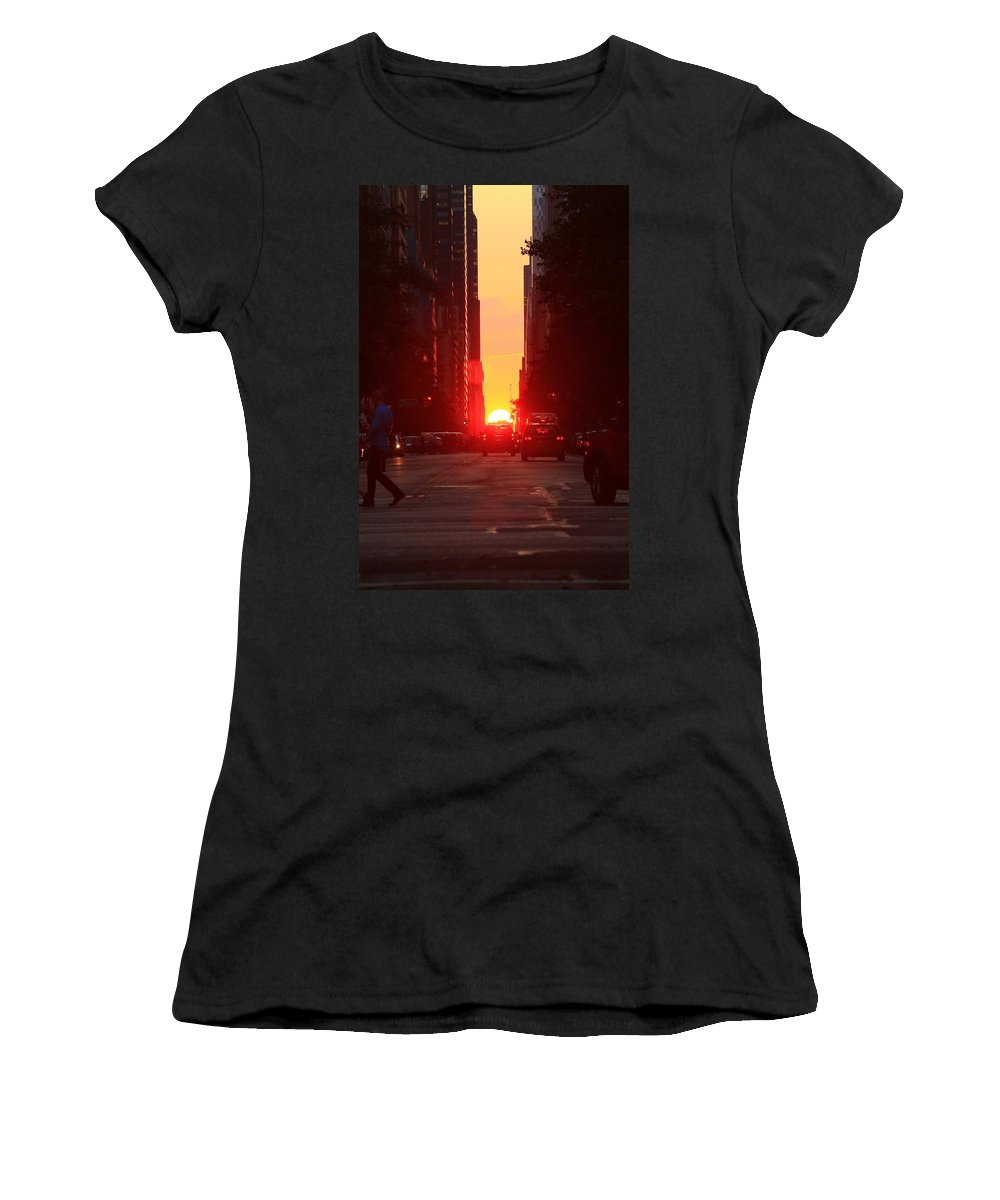 Manhattanhenge Women's T-Shirt featuring the photograph Halfway Down by Catie Canetti