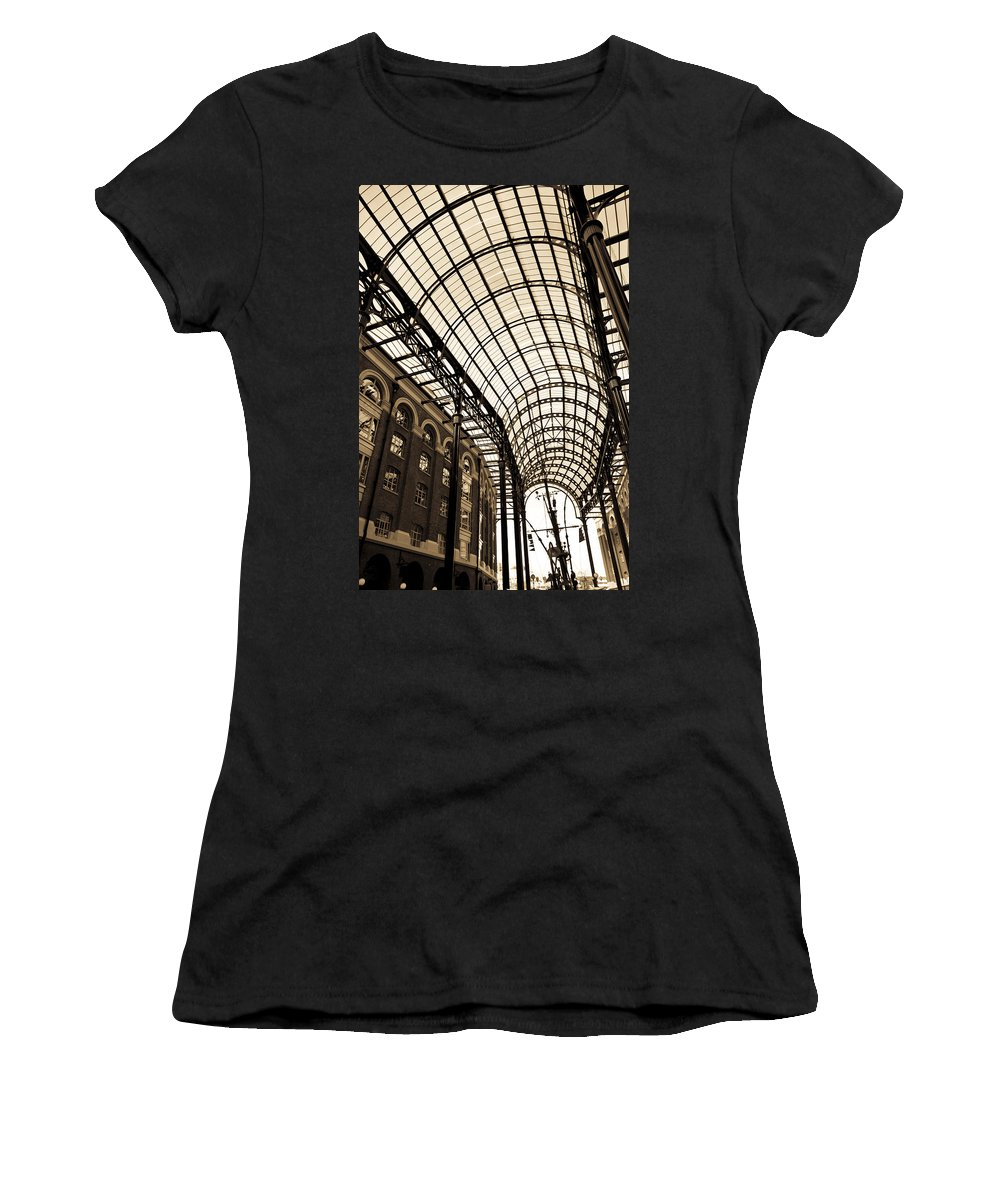 Hays Galleria Women's T-Shirt (Athletic Fit) featuring the photograph Hay's Galleria London by David Pyatt
