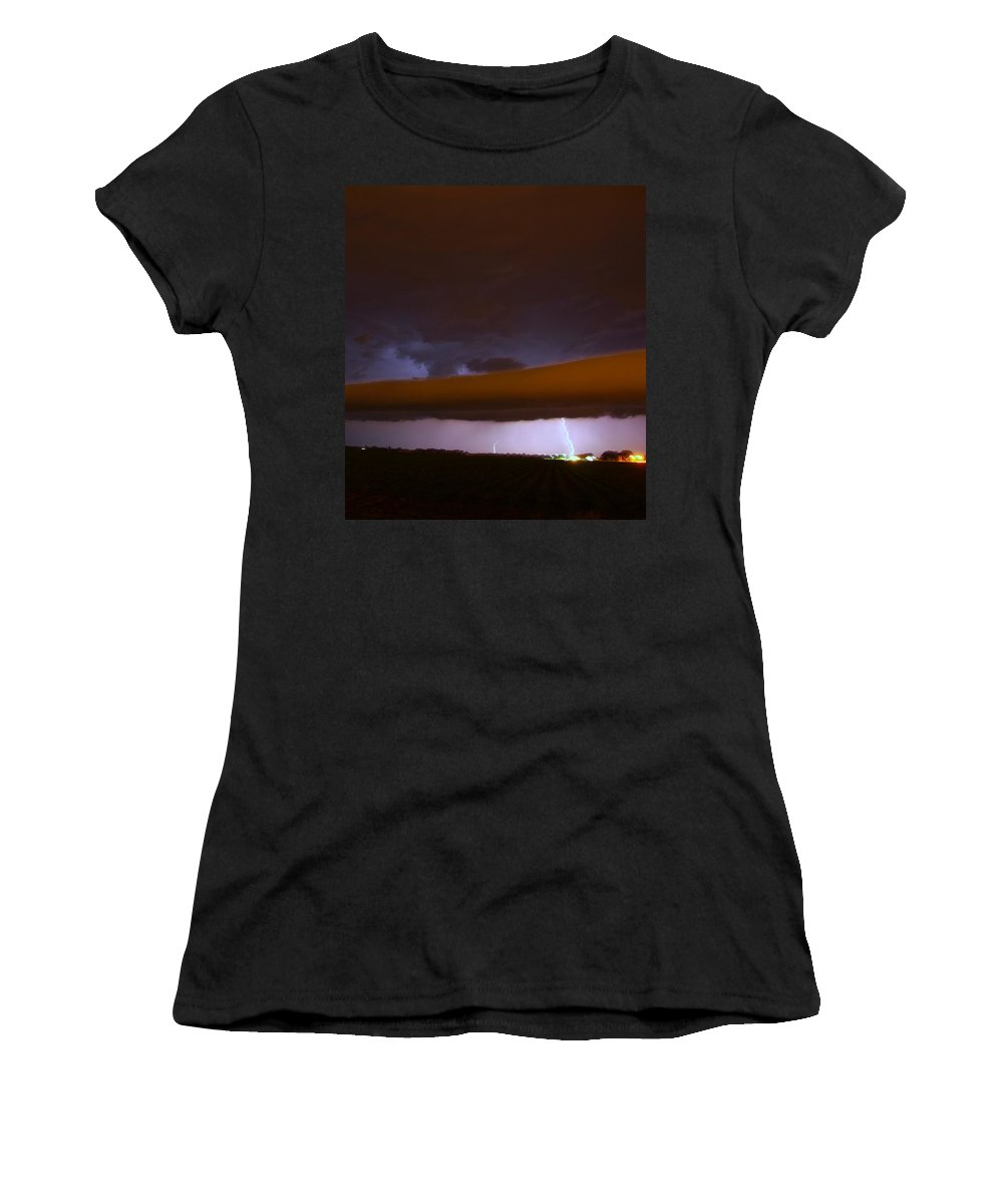 Stormscape Women's T-Shirt (Athletic Fit) featuring the photograph Nebraska Roll Cloud A Cometh by NebraskaSC