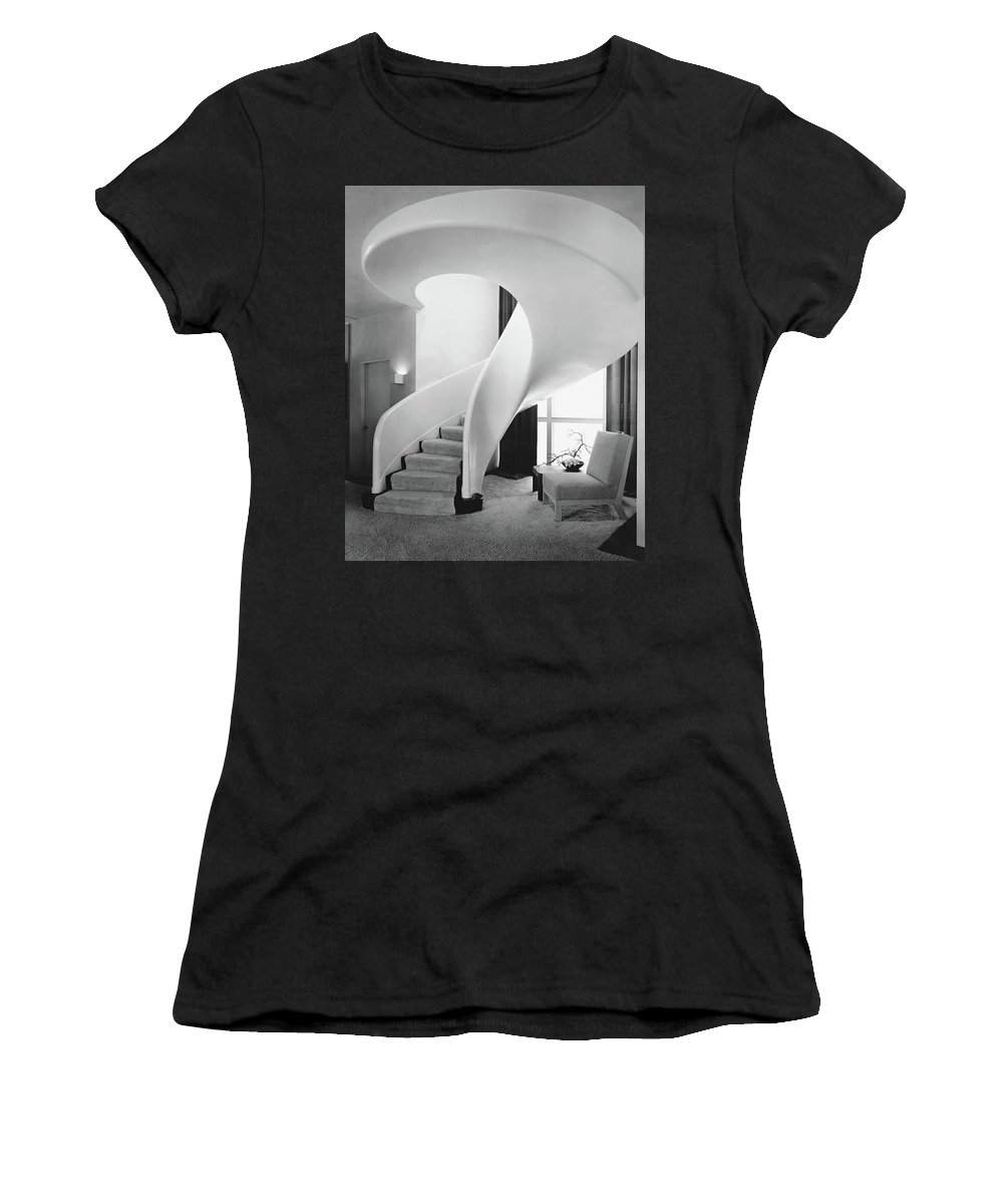 Interior Women's T-Shirt featuring the photograph A Spiral Staircase by Hedrich-Blessing