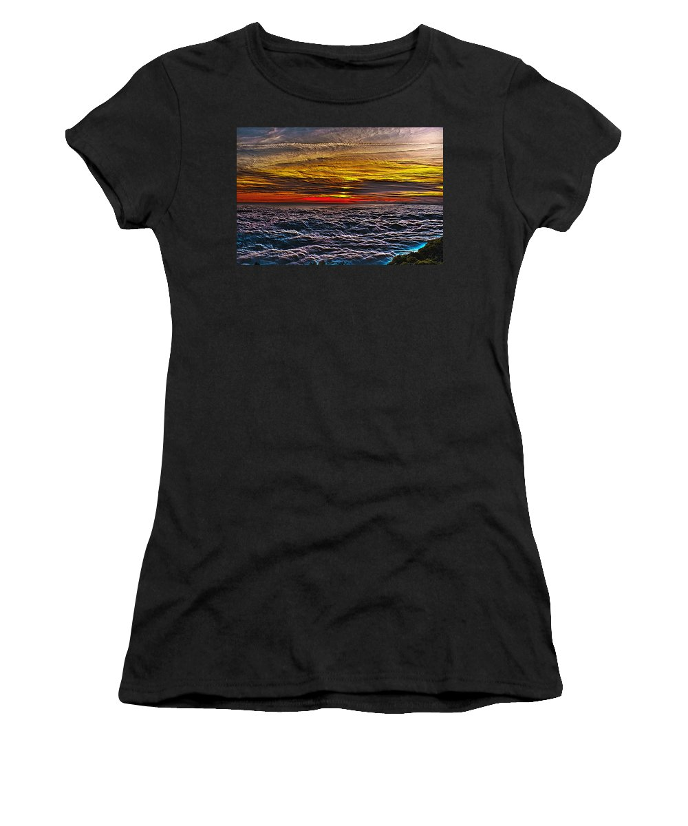 Mt Wilson Women's T-Shirt (Athletic Fit) featuring the photograph Above The Marine Layer V3 by Richard J Cassato