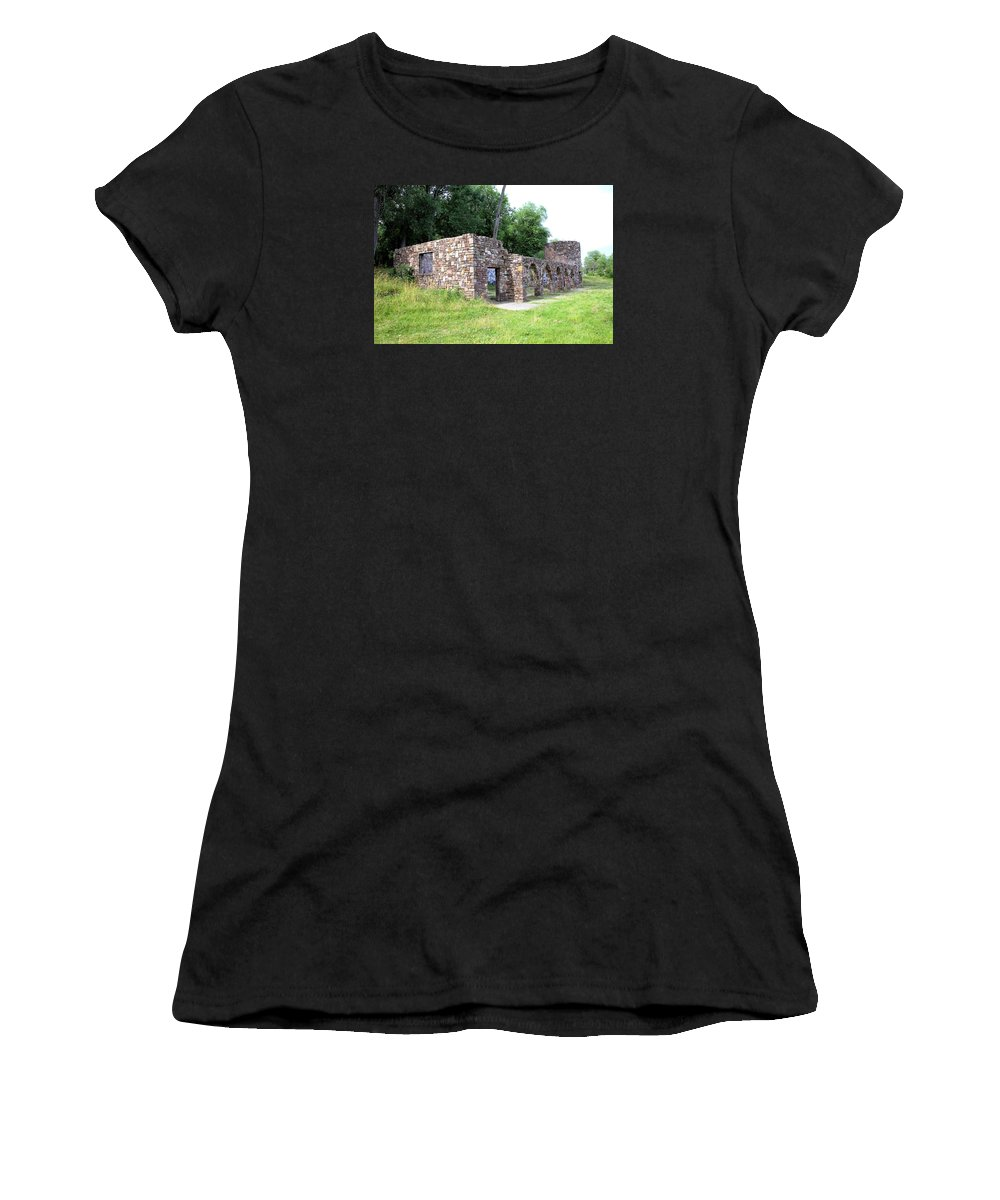 1637 Women's T-Shirt featuring the photograph Castle Ruins by Gordon Elwell