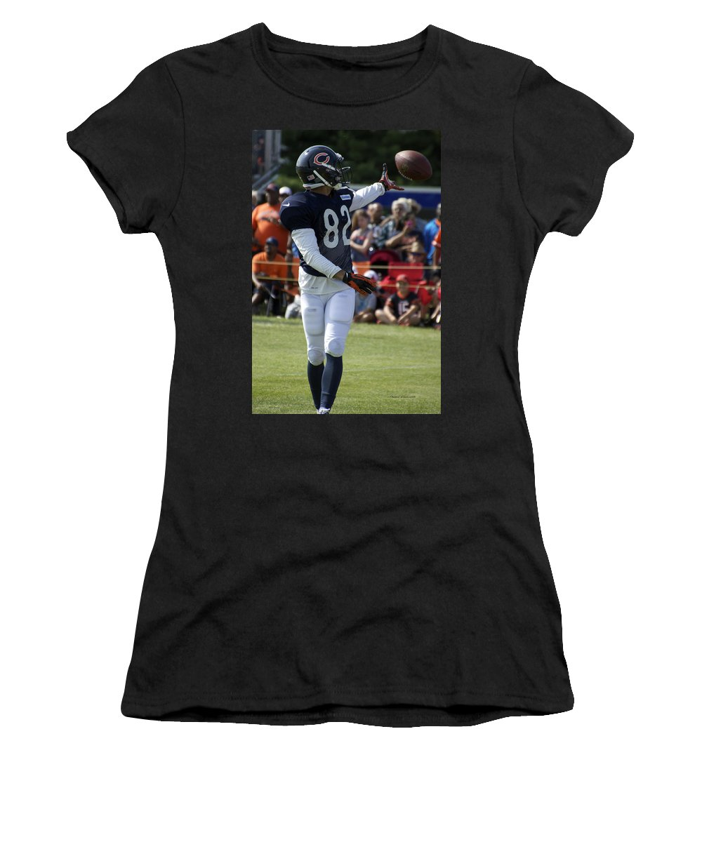 Chicago Bears Women's T-Shirt featuring the photograph Chicago Bears Wr Chris Williams Training Camp 2014 04 by Thomas Woolworth