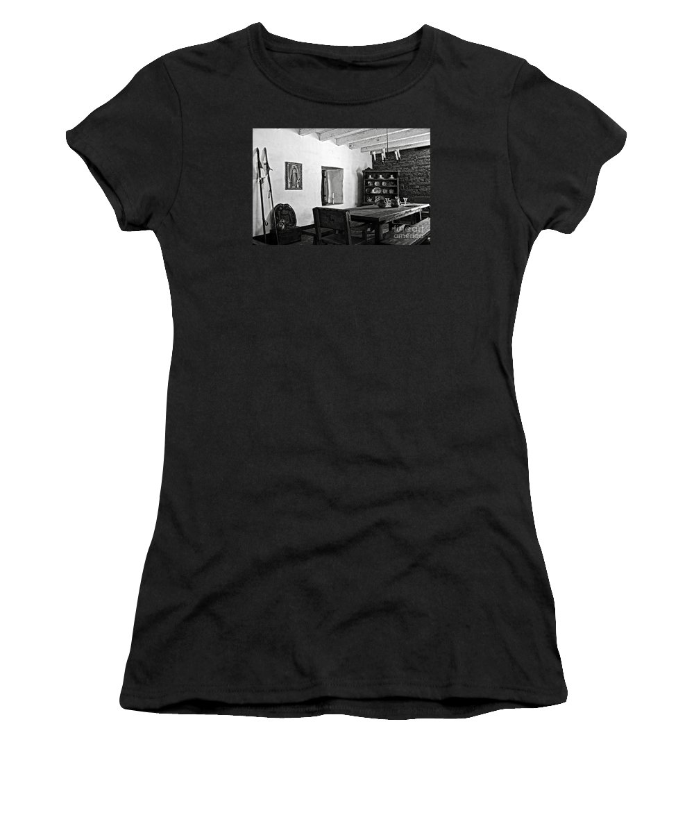Presidio Women's T-Shirt (Athletic Fit) featuring the photograph Comandancia's Quarter In The Presidio Of Santa Barbara Bw by RicardMN Photography