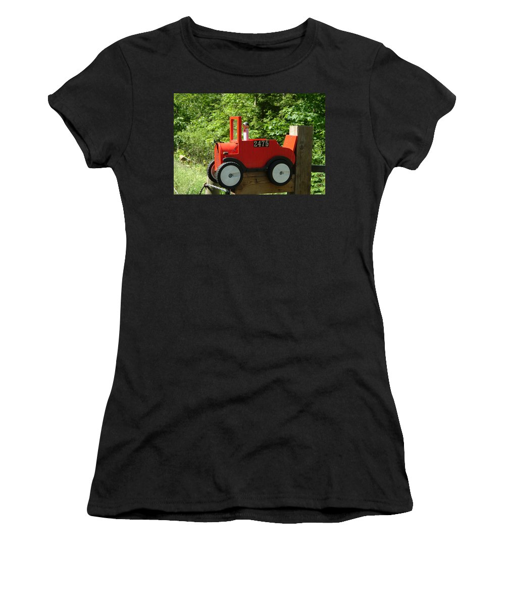 Country Women's T-Shirt featuring the photograph Countryside Mailbox #12 by Robert DeFosses