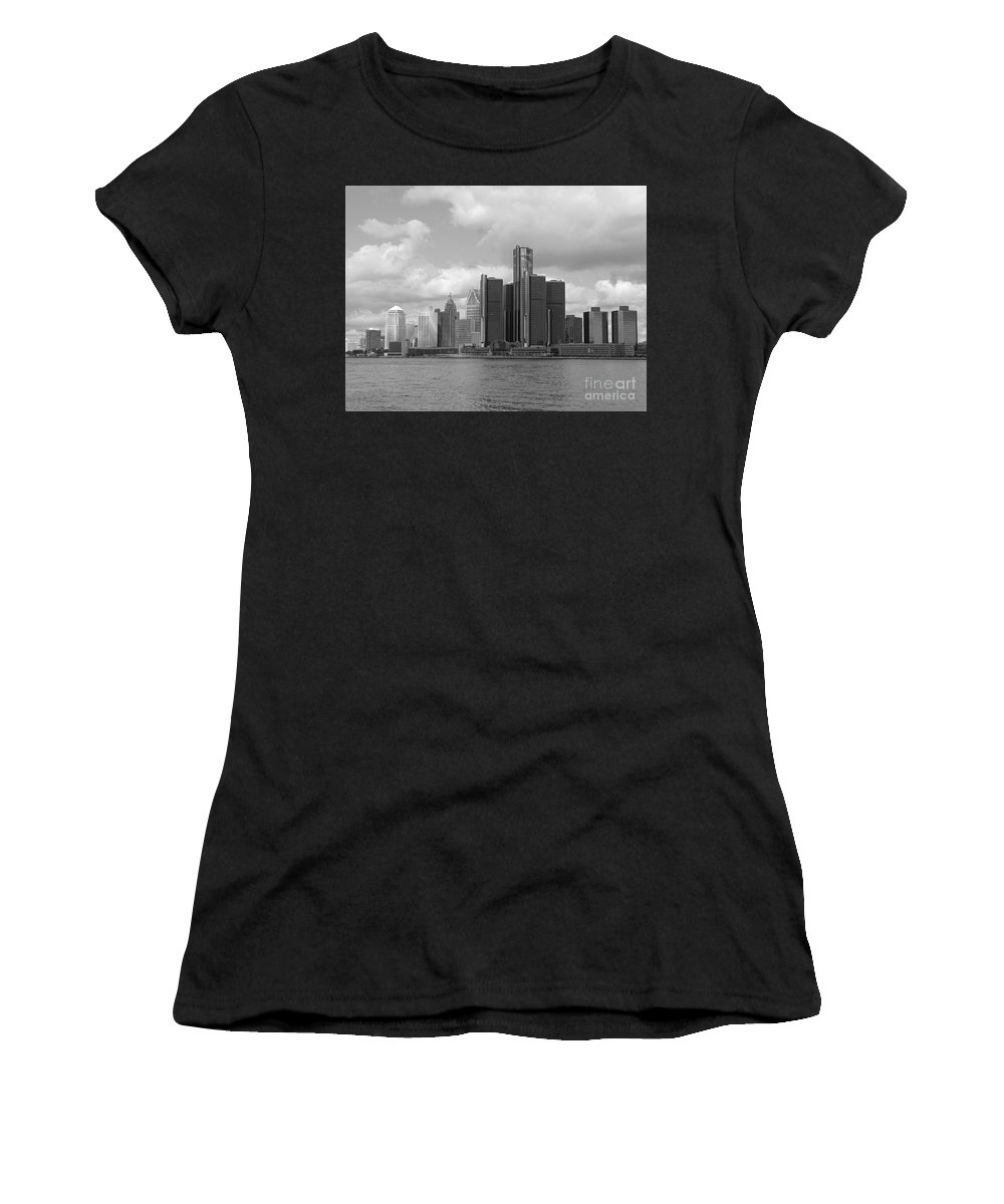 Detroit Women's T-Shirt (Athletic Fit) featuring the photograph Detroit Skyscape by Ann Horn