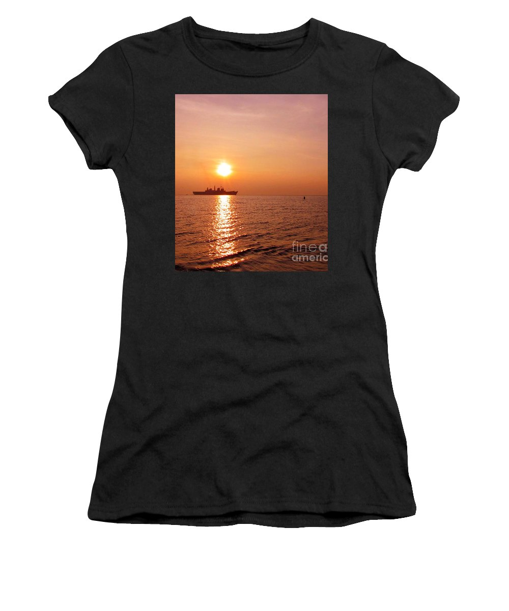 Aircraft Carrier Women's T-Shirt (Athletic Fit) featuring the photograph Hms Illustrious Leaving Liverpool by John Wain