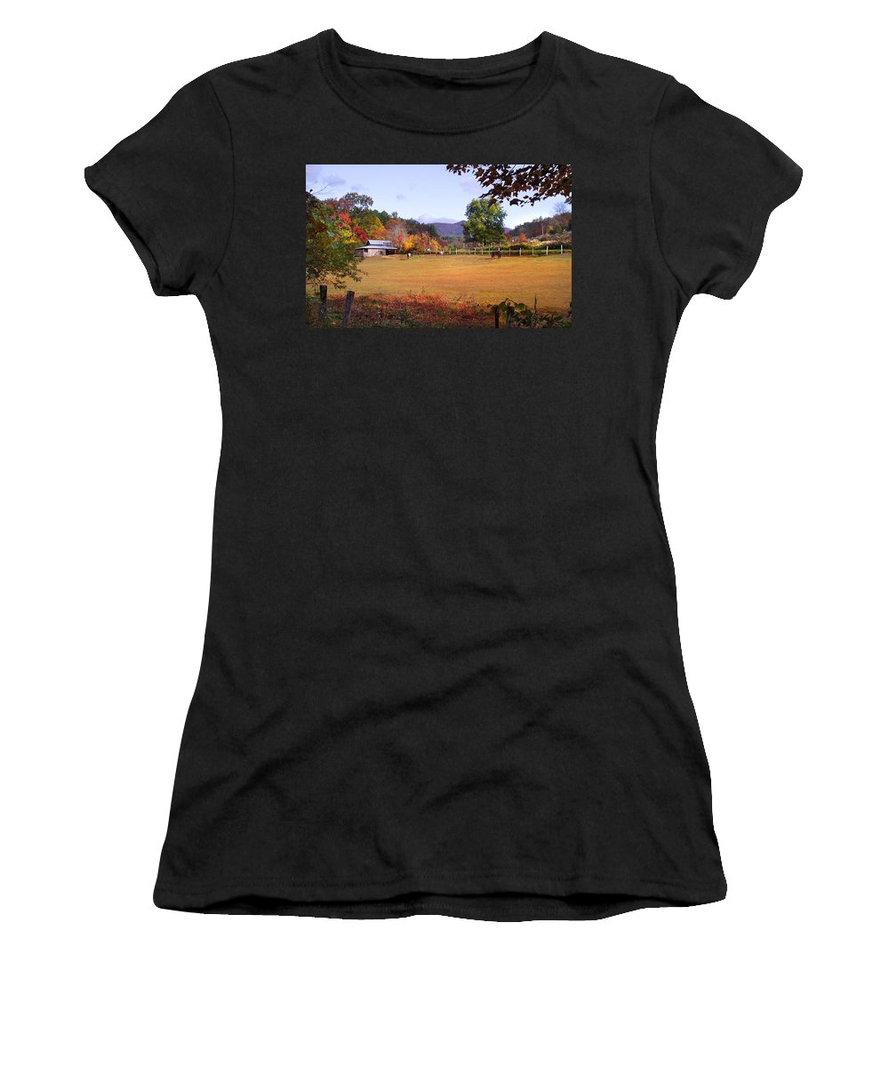 Duane Mccullough Women's T-Shirt (Athletic Fit) featuring the photograph Horses And Barn In The Fall 4 by Duane McCullough