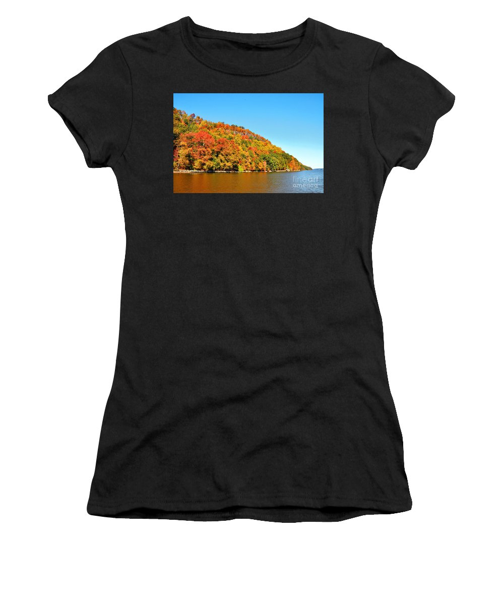 New Jersey Palisades Autumn Foliage Women's T-Shirt (Athletic Fit) featuring the photograph Hudson River Fall Foliage by Regina Geoghan