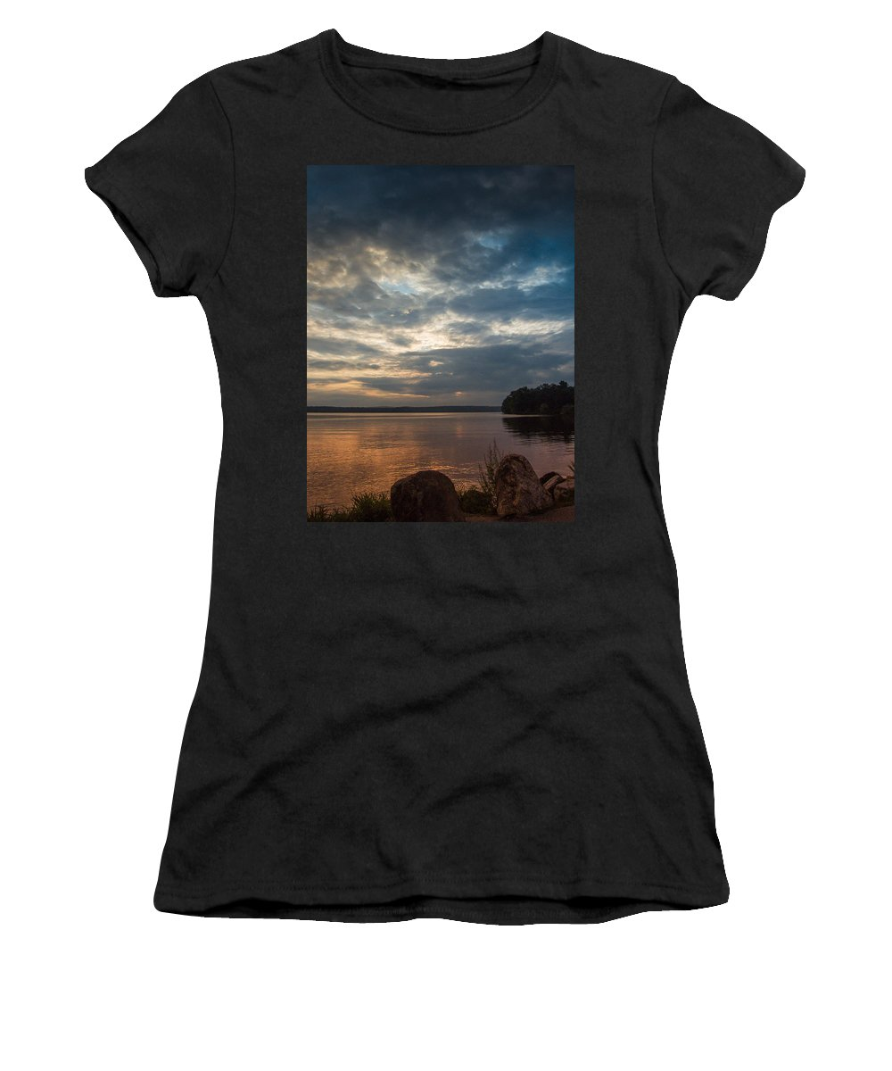 Clouds Women's T-Shirt (Athletic Fit) featuring the photograph Into The West by Guy Whiteley