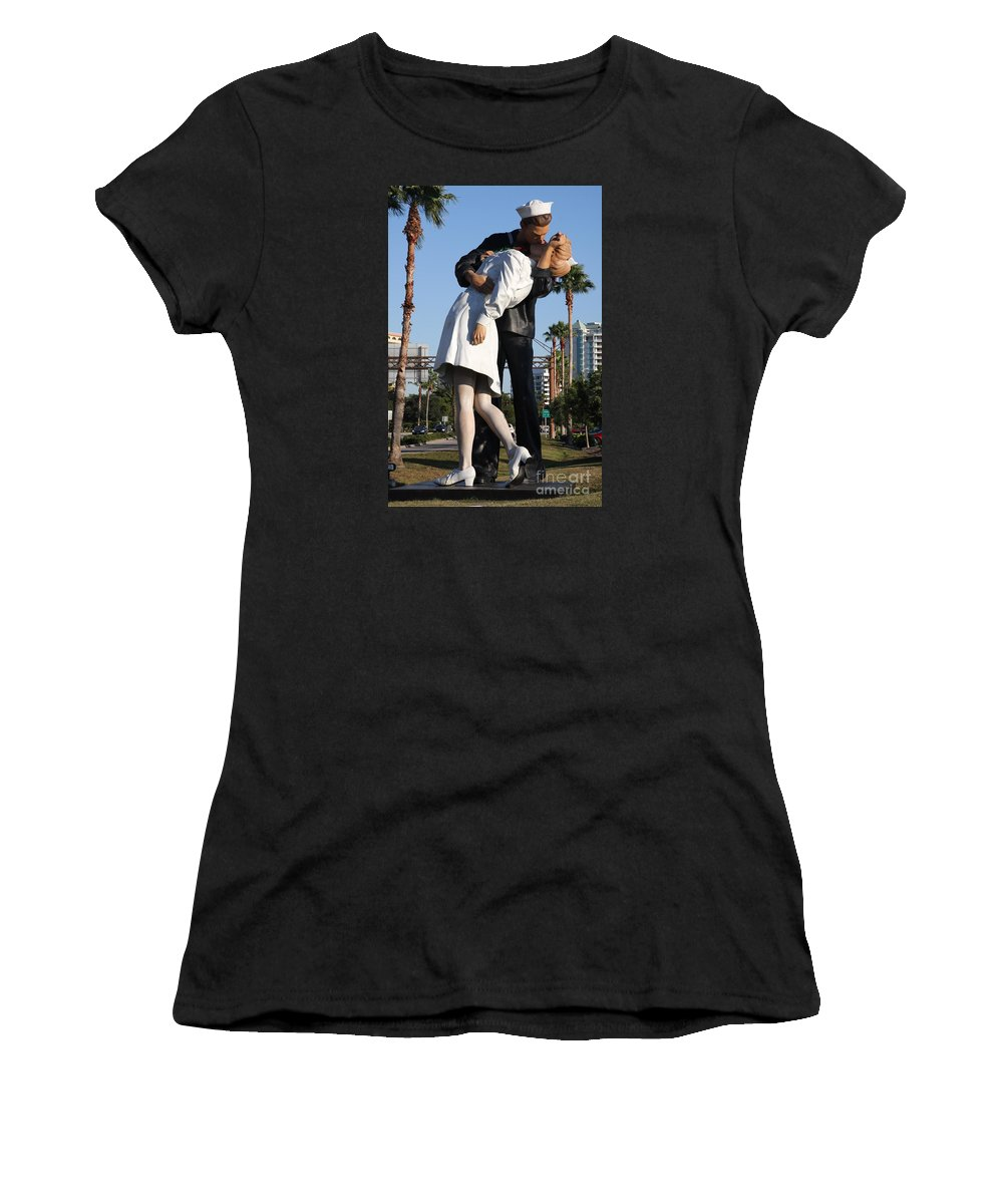 Art Women's T-Shirt featuring the photograph Kissing Sailor - The Kiss - Sarasota by Christiane Schulze Art And Photography