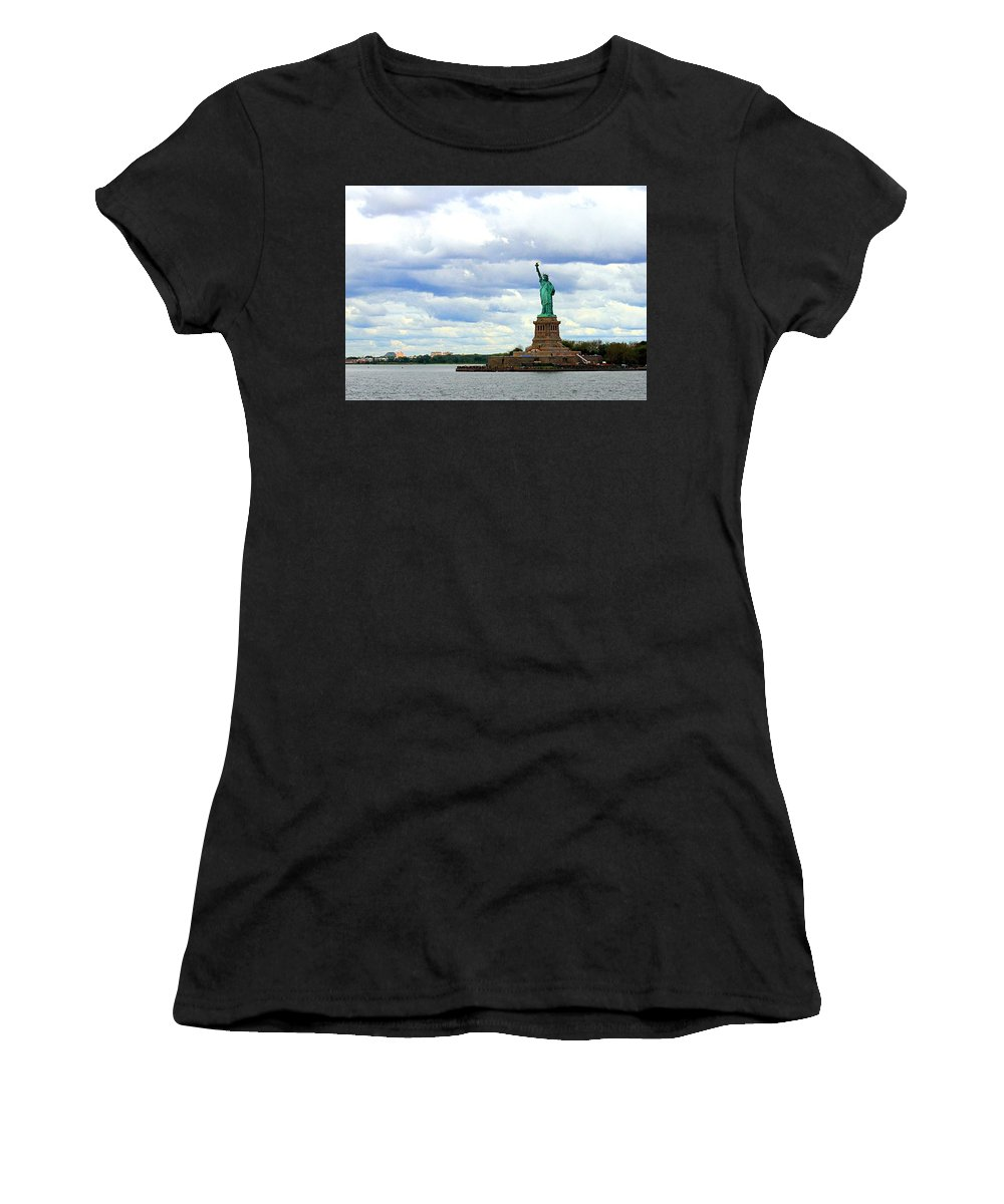 Statue Of Liberty Women's T-Shirt featuring the photograph Lady Liberty B by Robert McCulloch