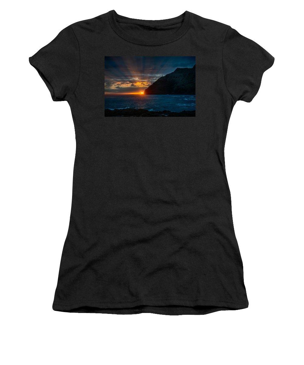 Hawaii Women's T-Shirt (Athletic Fit) featuring the photograph Makapuu Sunrise by Dan McManus