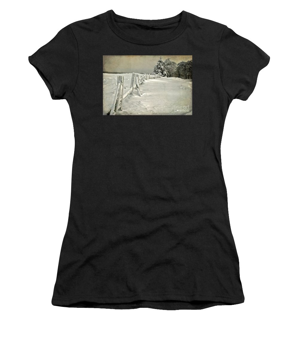 Snow Women's T-Shirt featuring the photograph Mother Nature's Christmas Tree by Lois Bryan