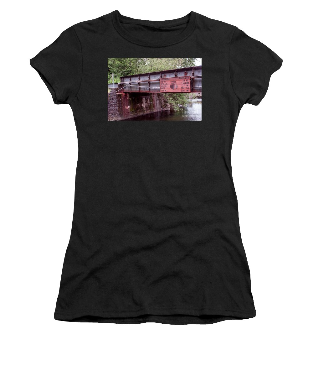 Columbia River Gorge Women's T-Shirt featuring the photograph Next Destination by Suzanne Luft