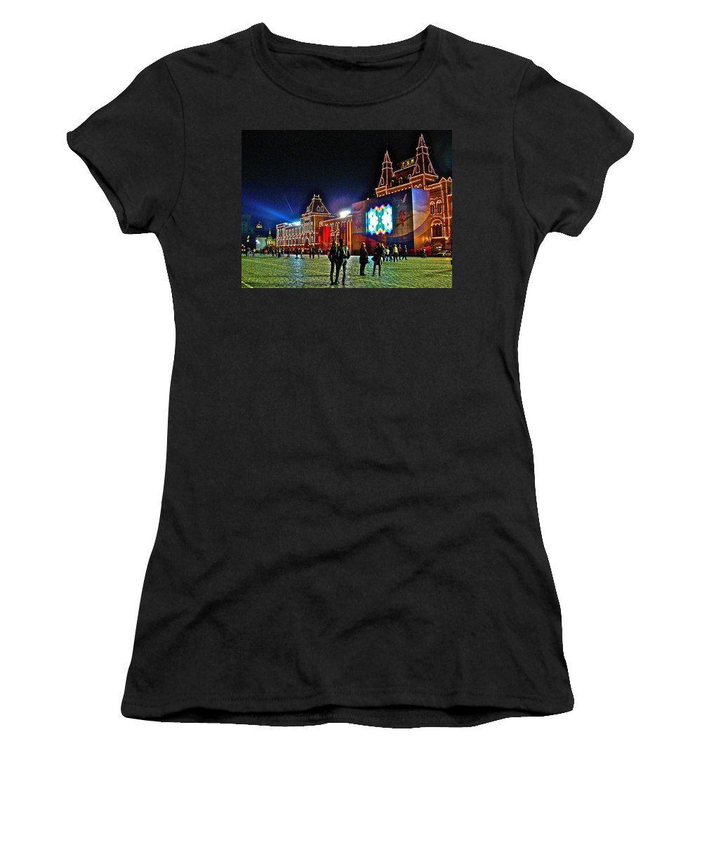 Night View Of Gum-former State Department Store-in Red Square At Night In Moscow Women's T-Shirt featuring the photograph Night View Of Gum-former State Department Store-in Red Square In Moscow-russia by Ruth Hager