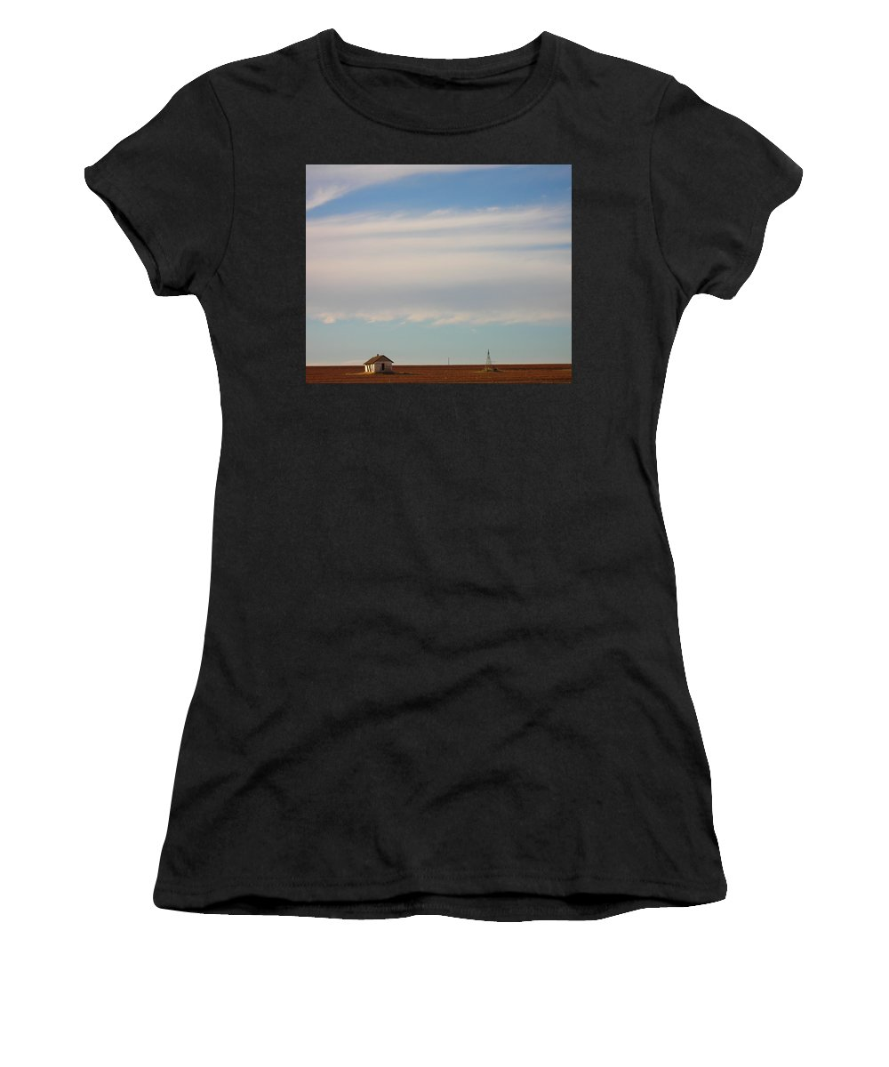 House Women's T-Shirt featuring the photograph Old Shack On The Plains by Susan Porter