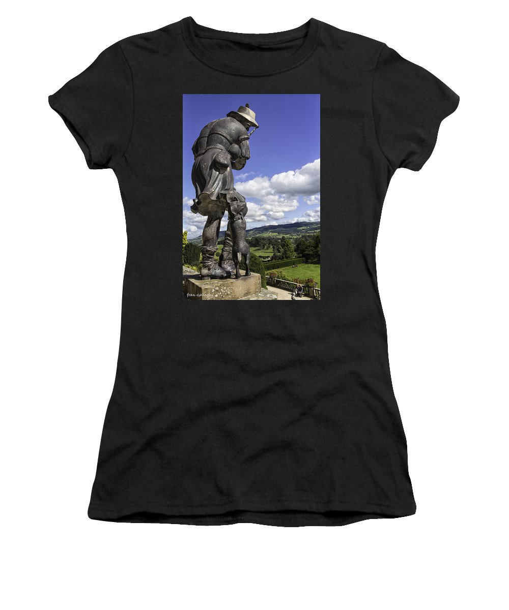 Statue Women's T-Shirt featuring the photograph Powis Castle Bagpipper by Fran Gallogly