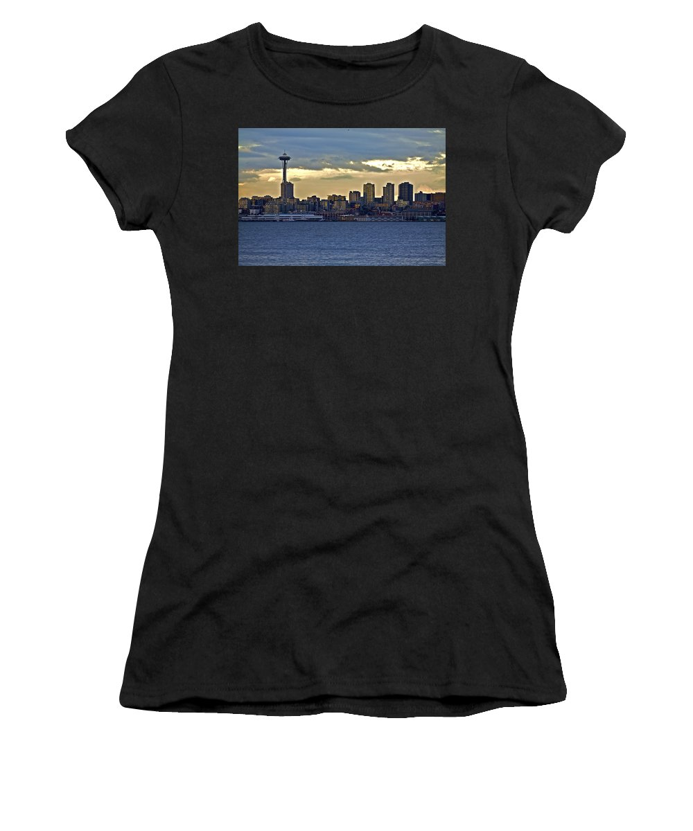 Sun Set Women's T-Shirt featuring the photograph Seattle Skyline In Twilight by SC Heffner