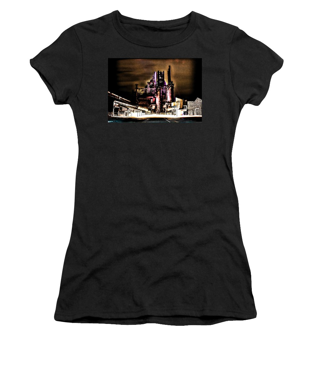 Architecture Urban Women's T-Shirt (Athletic Fit) featuring the photograph Southside Stacks by Digital Kulprits