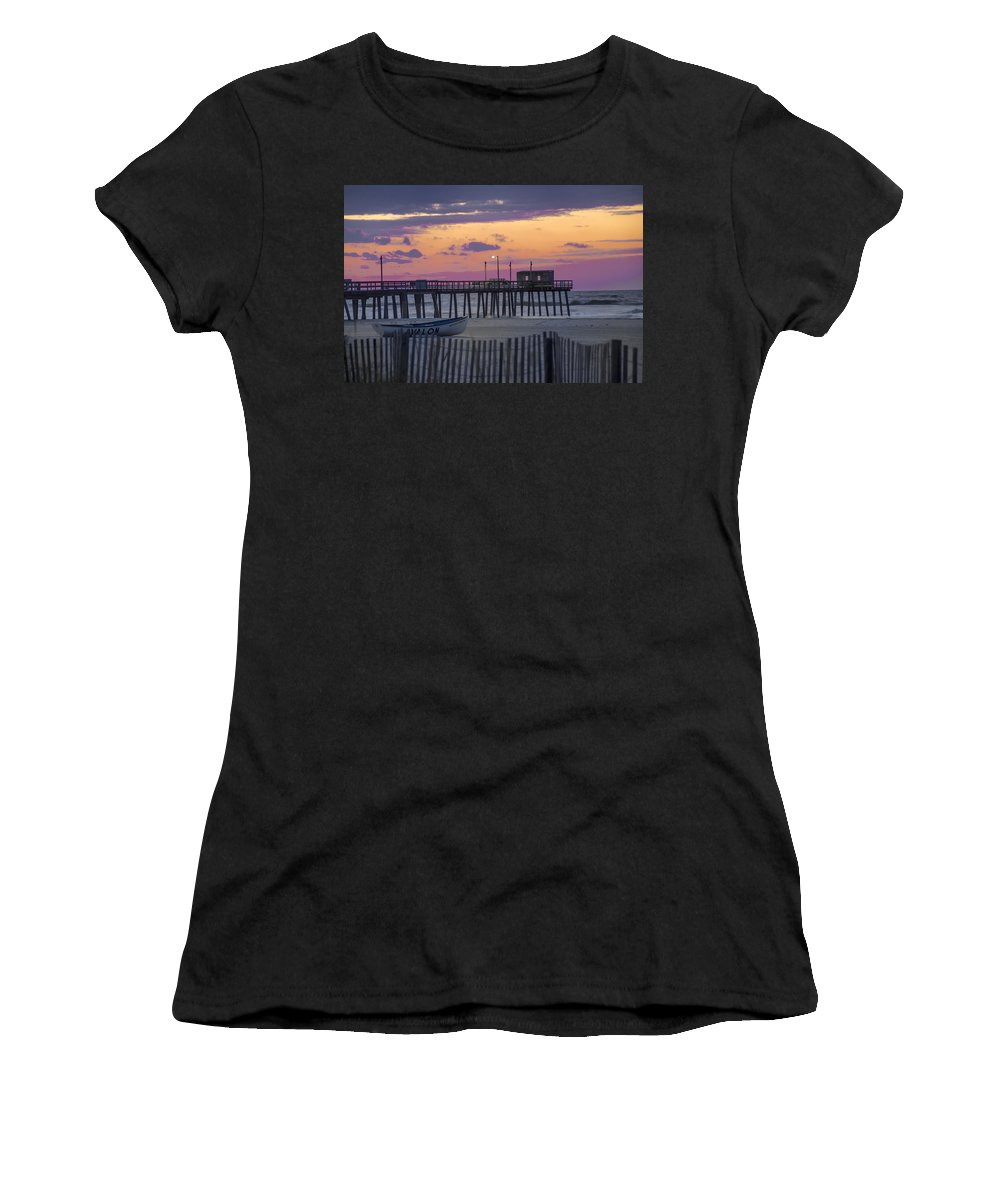 Sunrise Women's T-Shirt (Athletic Fit) featuring the photograph Sunrise In Avalon - 32nd Street Pier by Bill Cannon