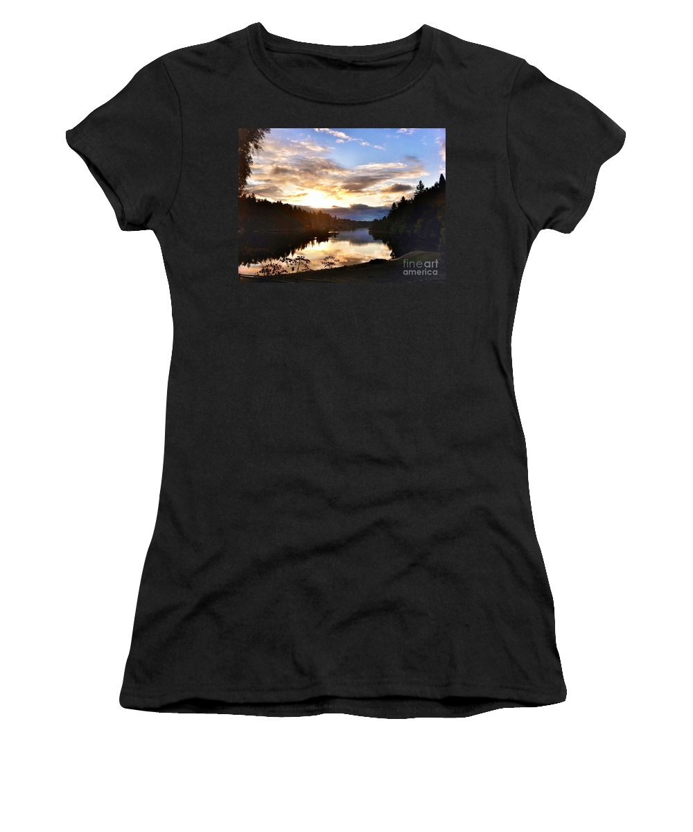 Landscape Women's T-Shirt featuring the photograph Sunrise River Mirror by Susan Garren