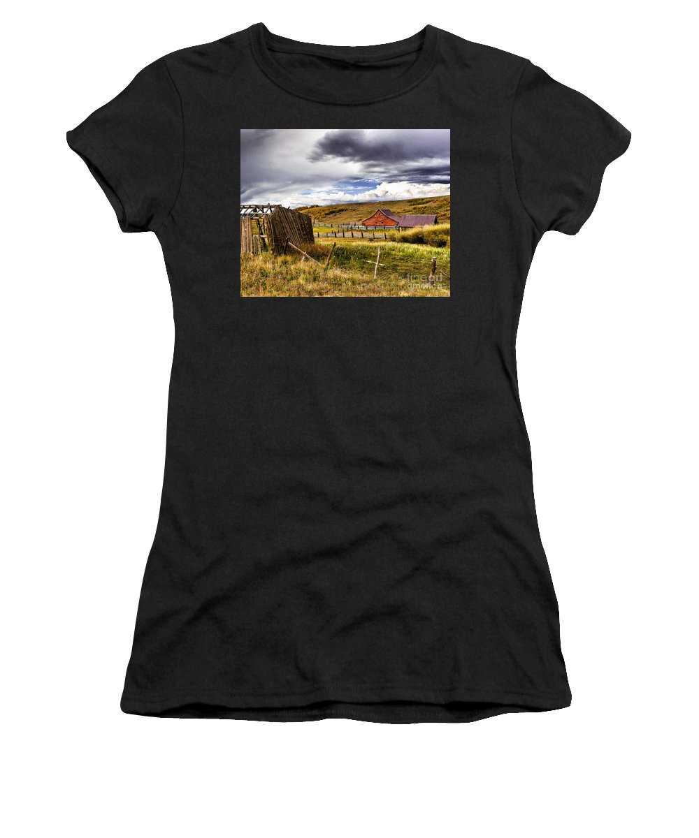 Nature Women's T-Shirt (Athletic Fit) featuring the photograph The Ol' Homestead by Steven Reed