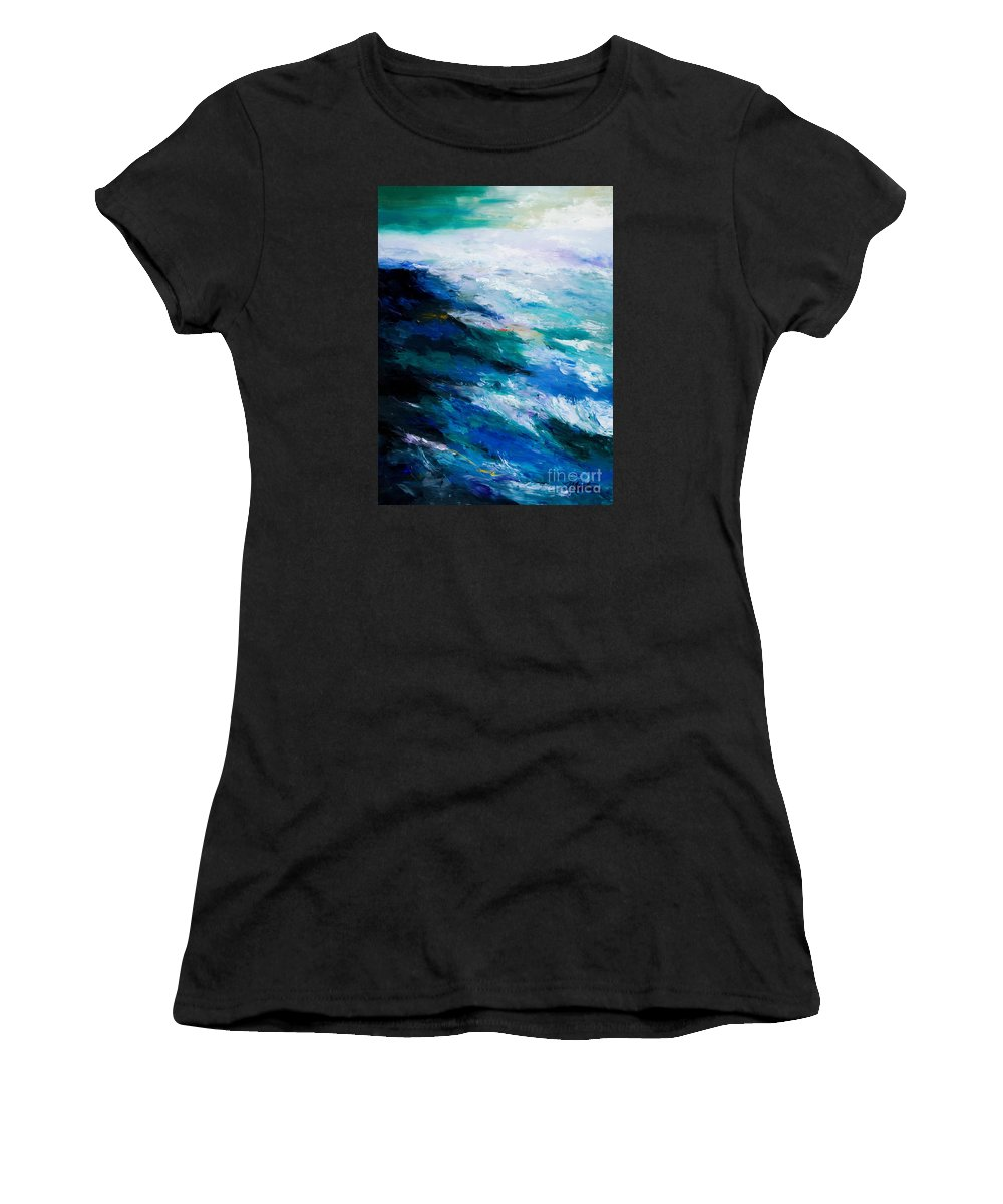 Seascape Women's T-Shirt featuring the painting Thunder Tide by Larry Martin