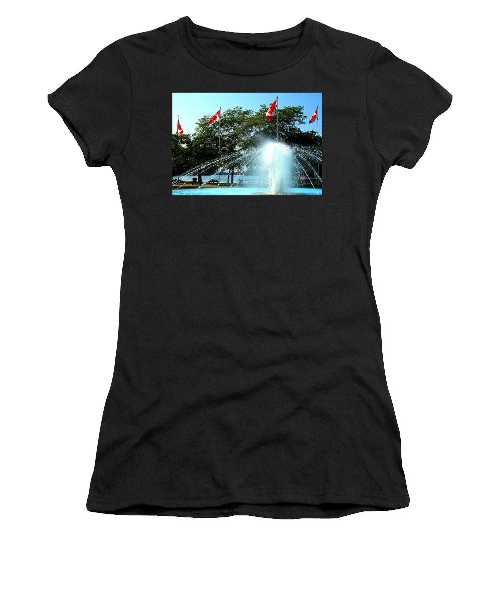 Toronto Women's T-Shirt featuring the photograph Toronto Island Fountain by Ian MacDonald