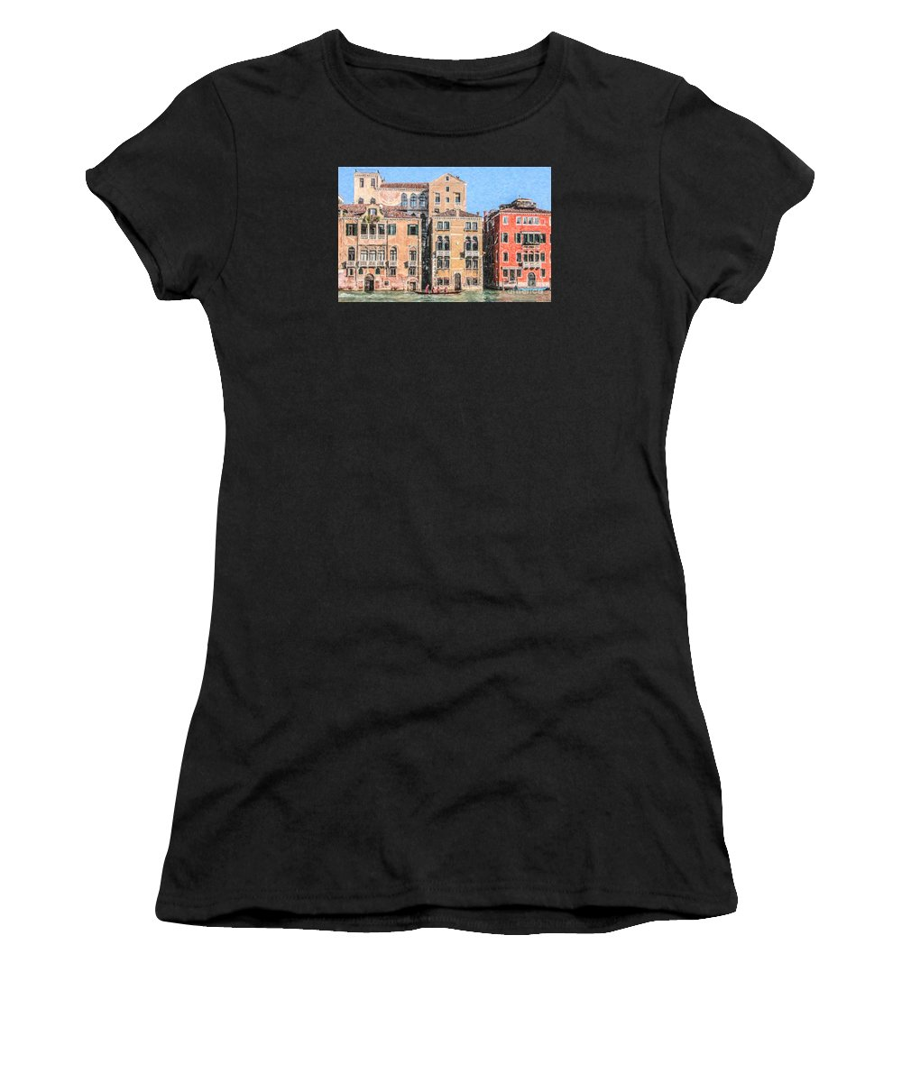 Grand Canal Women's T-Shirt featuring the digital art Training On The Grand Canal by Liz Leyden