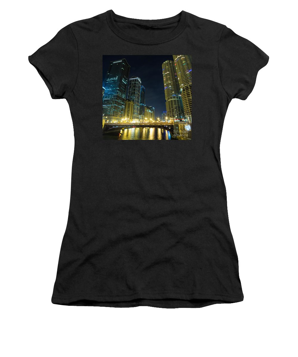 Chicago Il Women's T-Shirt (Athletic Fit) featuring the photograph Wabash City Scape by Andrew Slater
