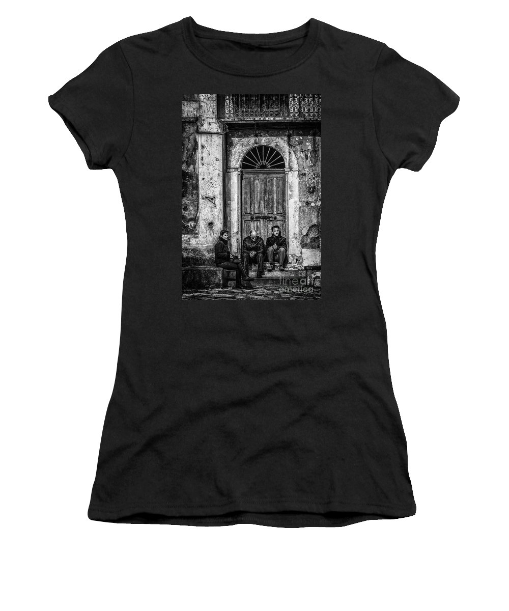 Waiting Women's T-Shirt featuring the photograph Waiting In Ravello by Paul Woodford