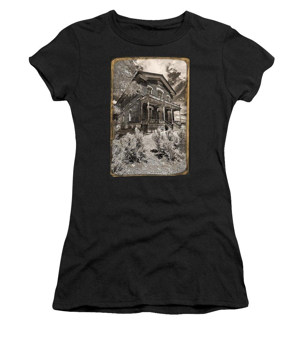 Welcome To Hotel Meade Women's T-Shirt featuring the photograph Welcome To Hotel Meade by Wes and Dotty Weber