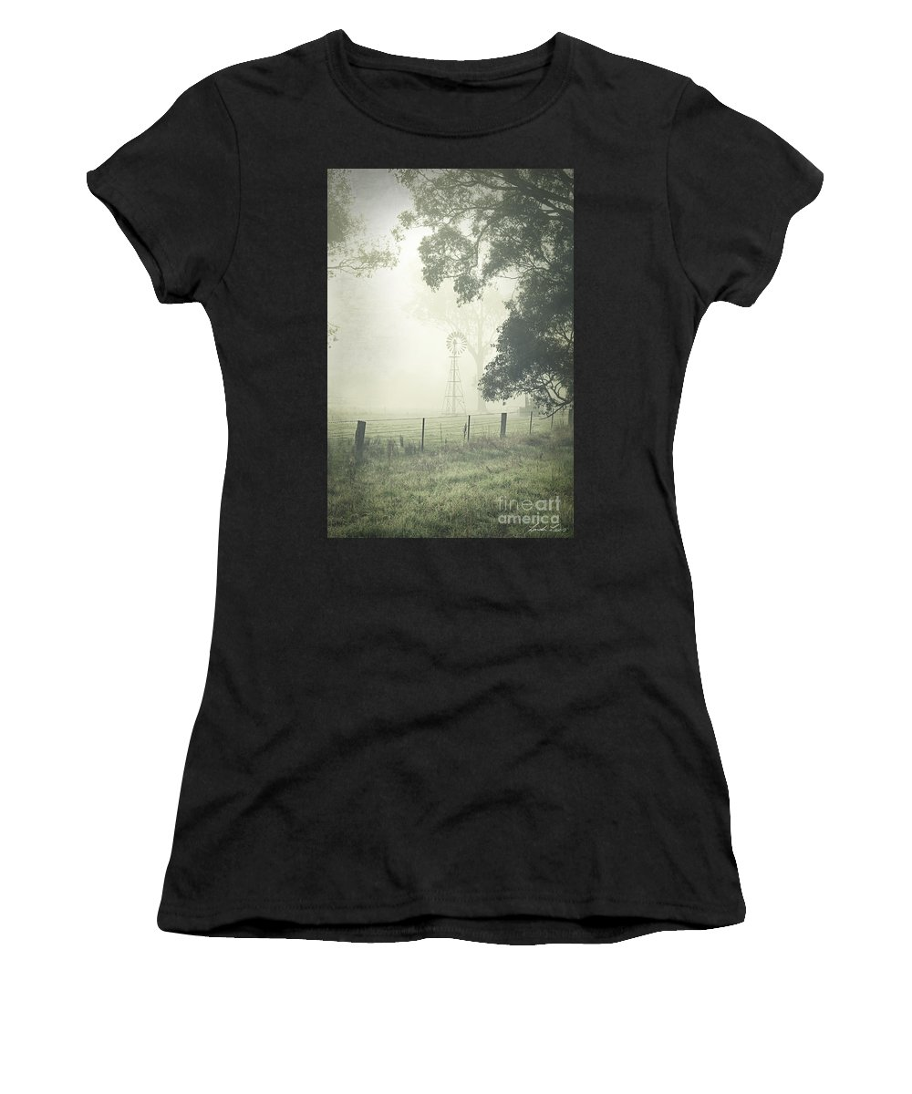 Cold Day Photographs Women's T-Shirts