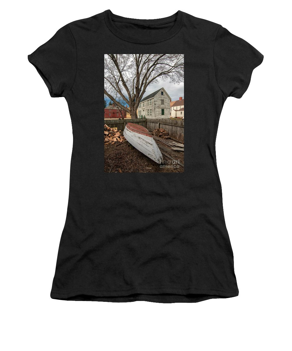 Portsmouth Nh Women's T-Shirt (Athletic Fit) featuring the photograph Wooden by Scott Thorp