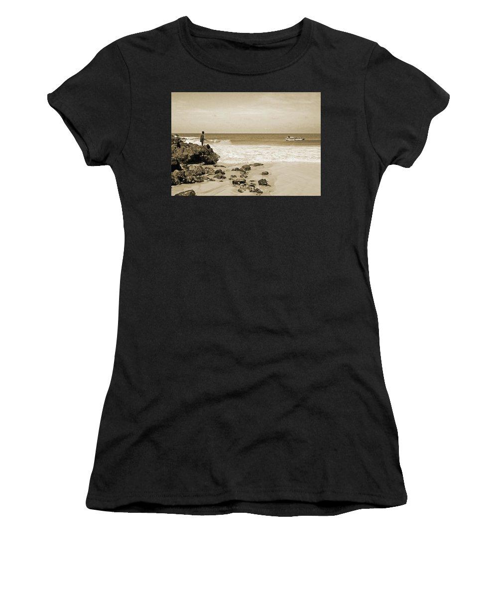 Cape Verde Women's T-Shirt featuring the photograph Bringing It Home by Julia Raddatz