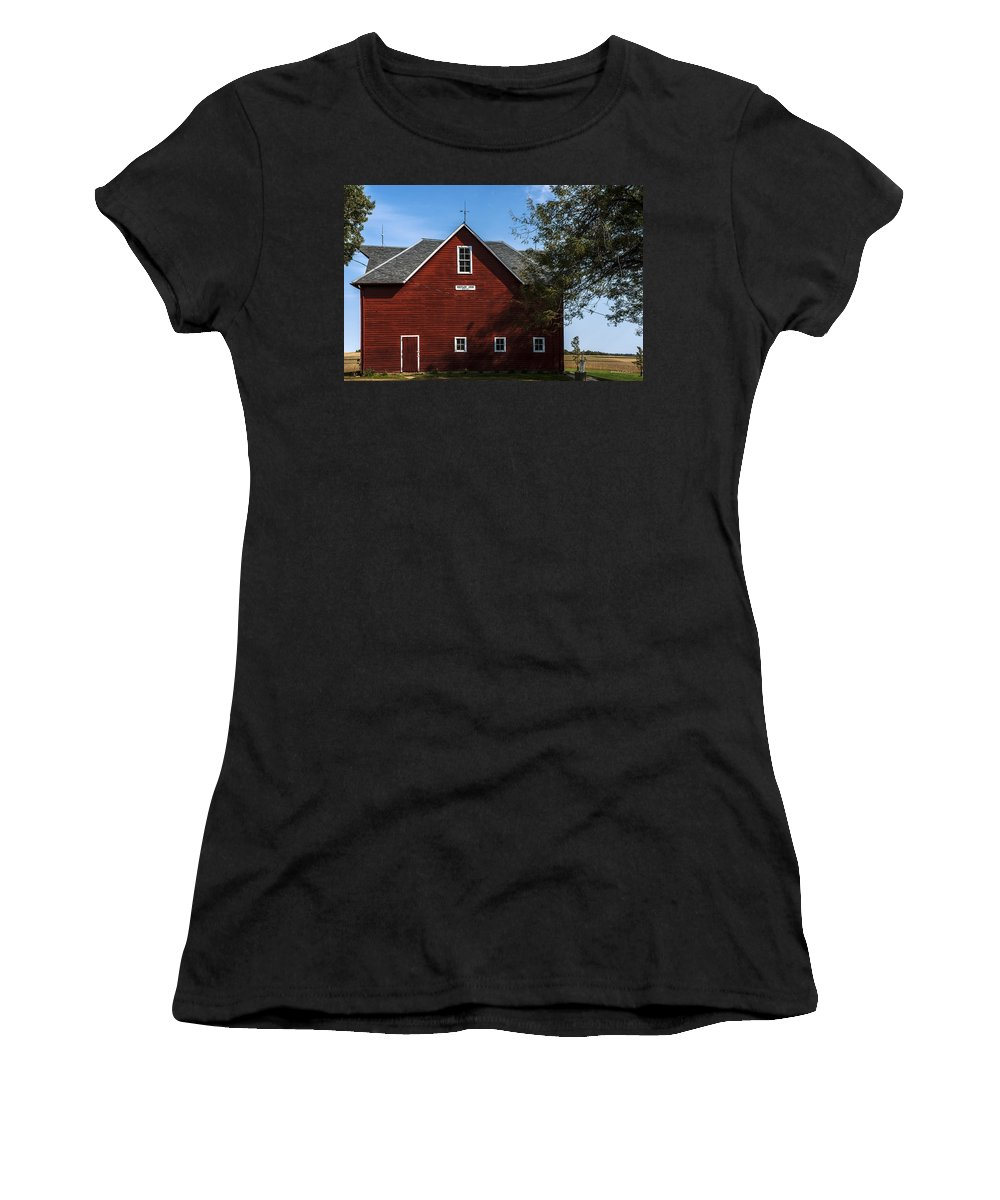 Barns Women's T-Shirt (Athletic Fit) featuring the photograph Heflin Barn Headon by Edward Peterson