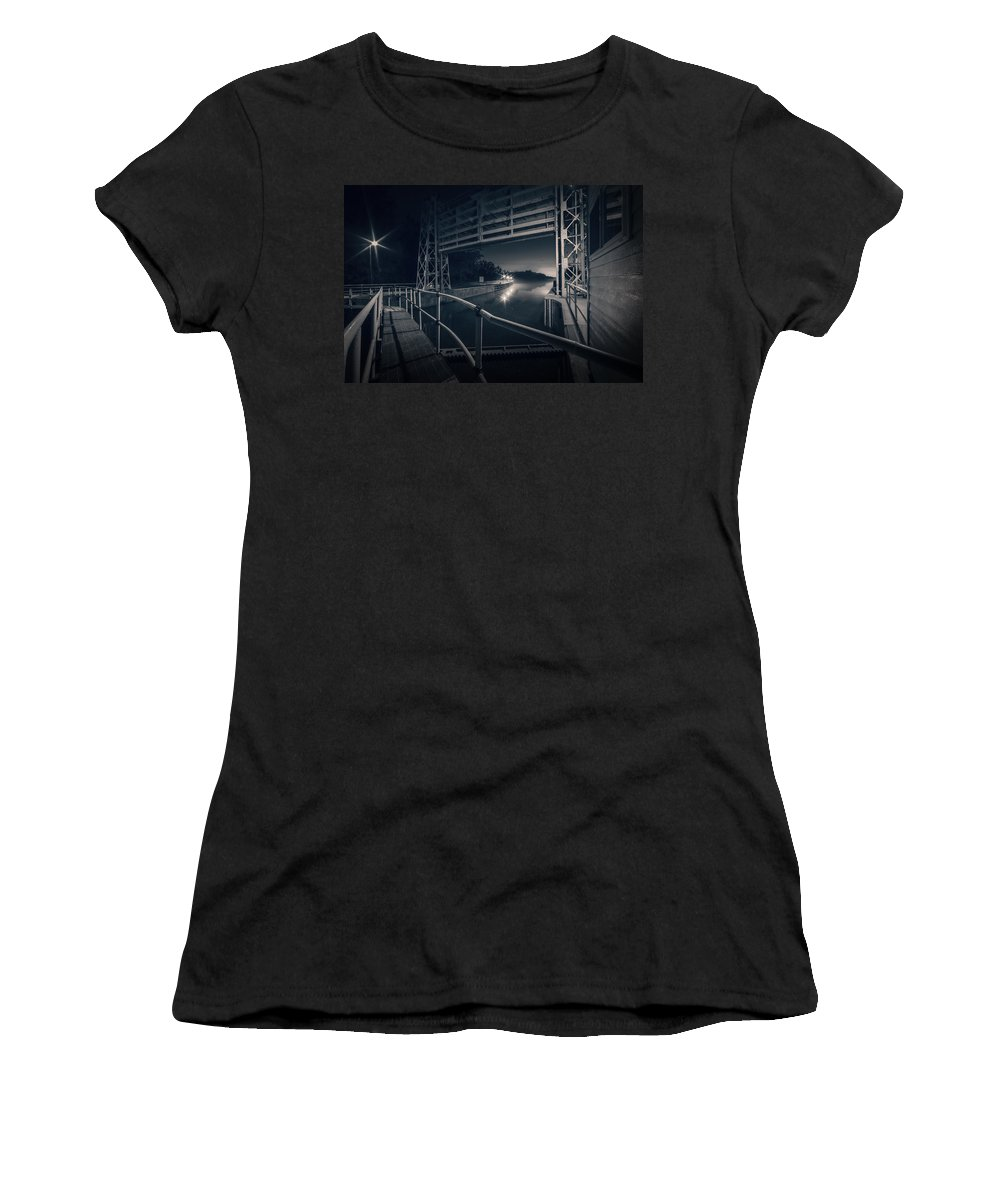 River Women's T-Shirt (Athletic Fit) featuring the photograph Lock 23 by Everet Regal