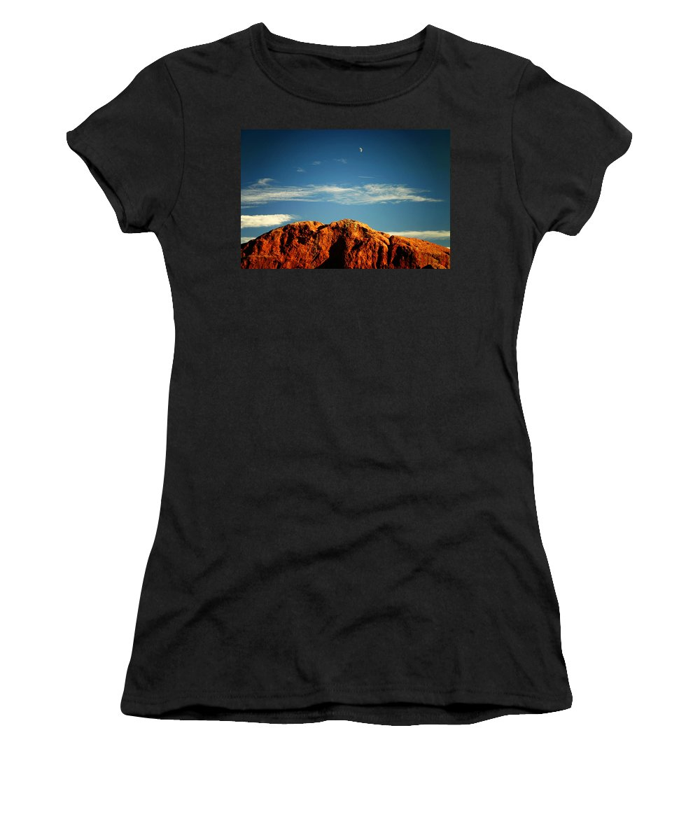 Landscape Women's T-Shirt featuring the photograph Moon Over Red Rocks Garden Of The Gods by Toni Hopper