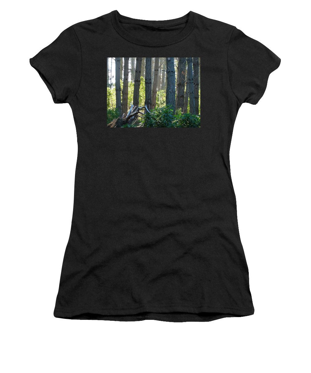 Horticultural Women's T-Shirt (Athletic Fit) featuring the photograph Never Interrupt A Horticultural Branch Meeting by Steve Taylor