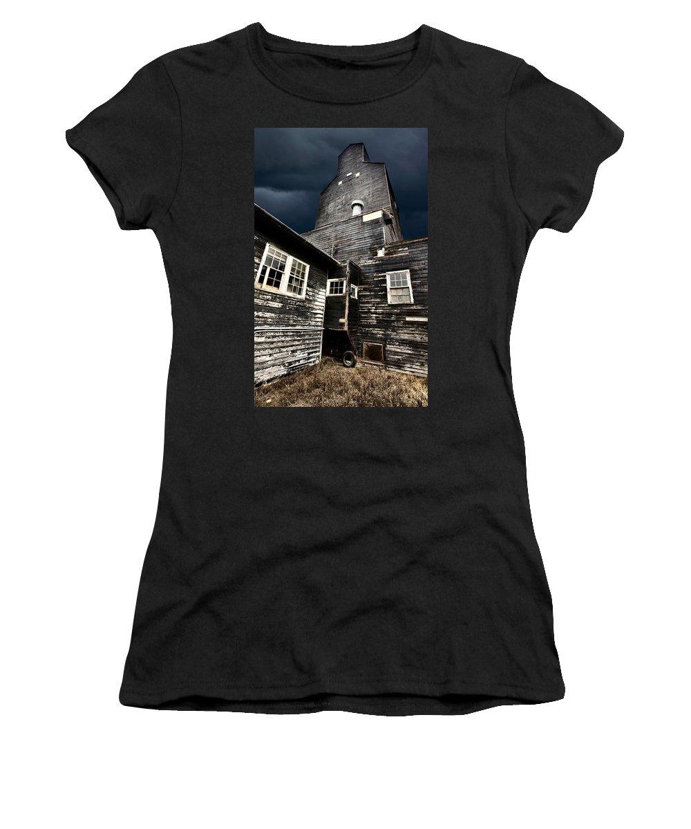 Agriculture Women's T-Shirt featuring the digital art Saskatchewan Grain Elevator by Mark Duffy